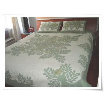 Hawaiian Bedspread-Breadfruit 1