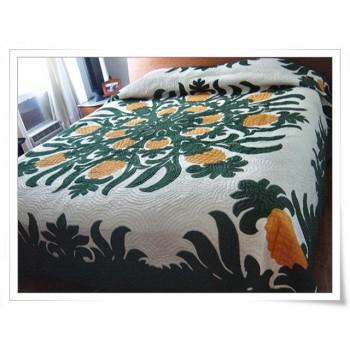 Hawaiian Bedspread-Pineapple Fields Forever 1